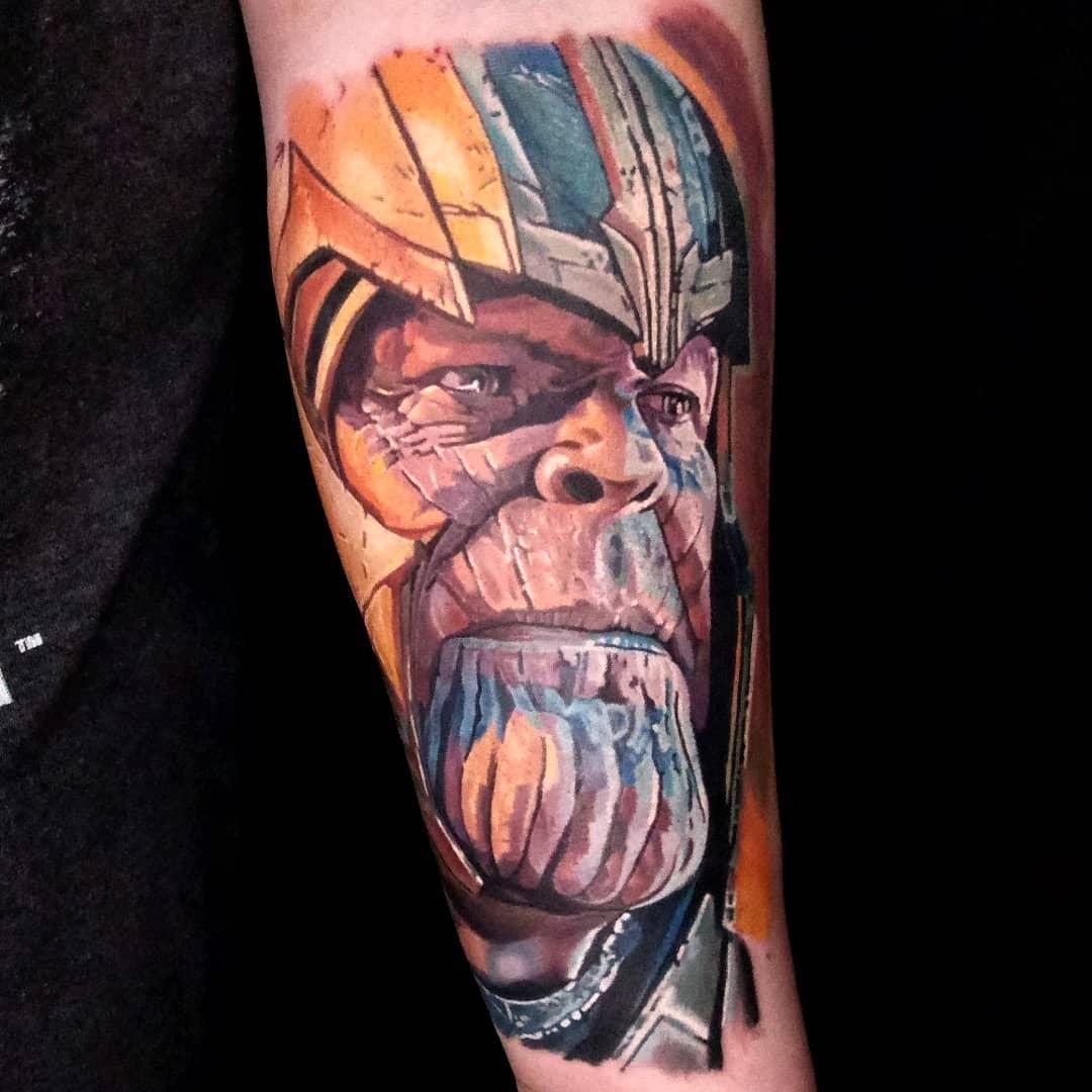 Реалистичная Татуировка Таноса