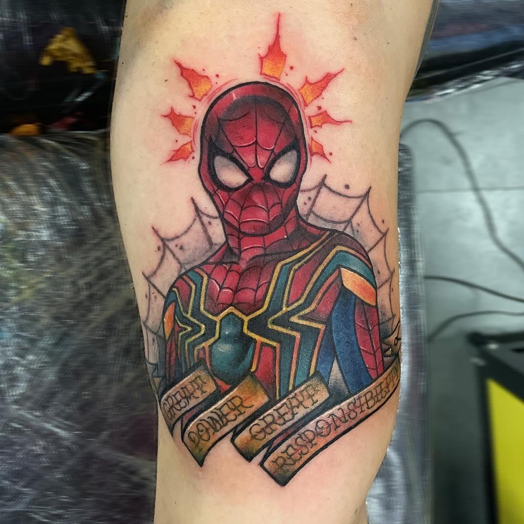Рисунок Человека Паука с Надписями