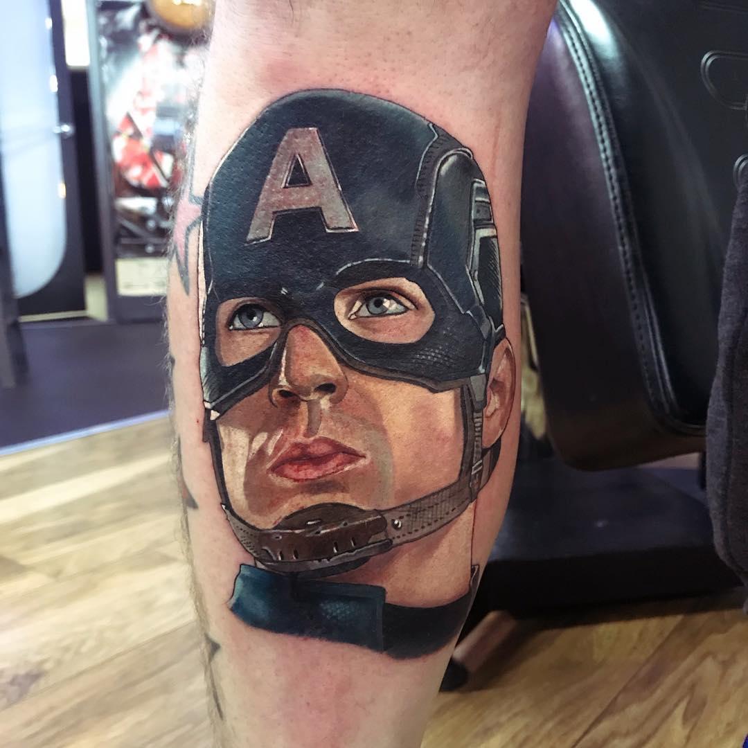 Капитан Америка в Маске