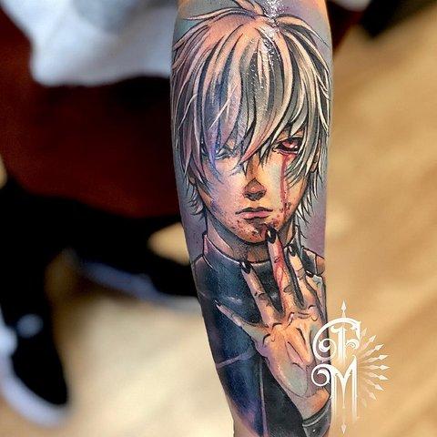 Игровая тату аниме на руке