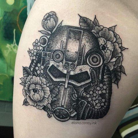 Игровая тату Fallout на ноге