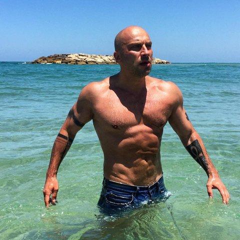 Дмитрий Нагиев на море