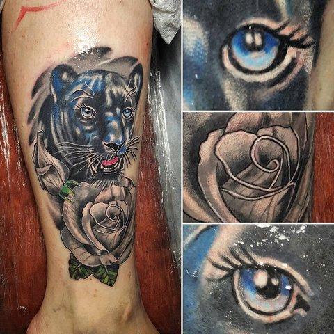 Цветная тату пантера и цветок