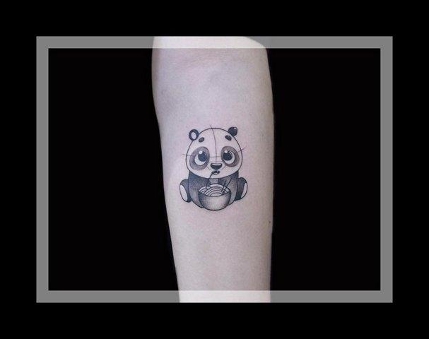 Милая тату панды