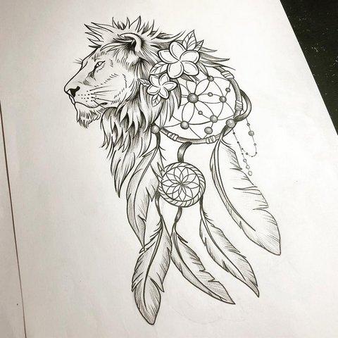 Эскиз головы льва с большой гривой и ловцом снов