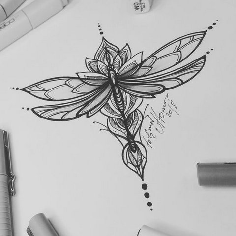 Цветок в Форме Стрекозы