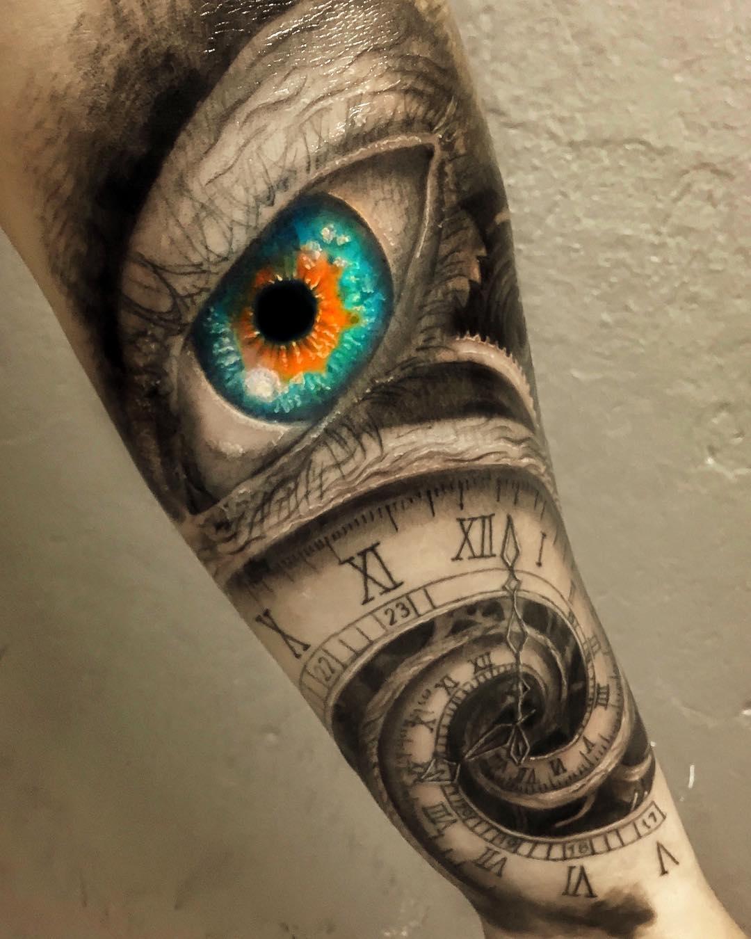 Тату Разноцветный Глаз и Часы на Руке
