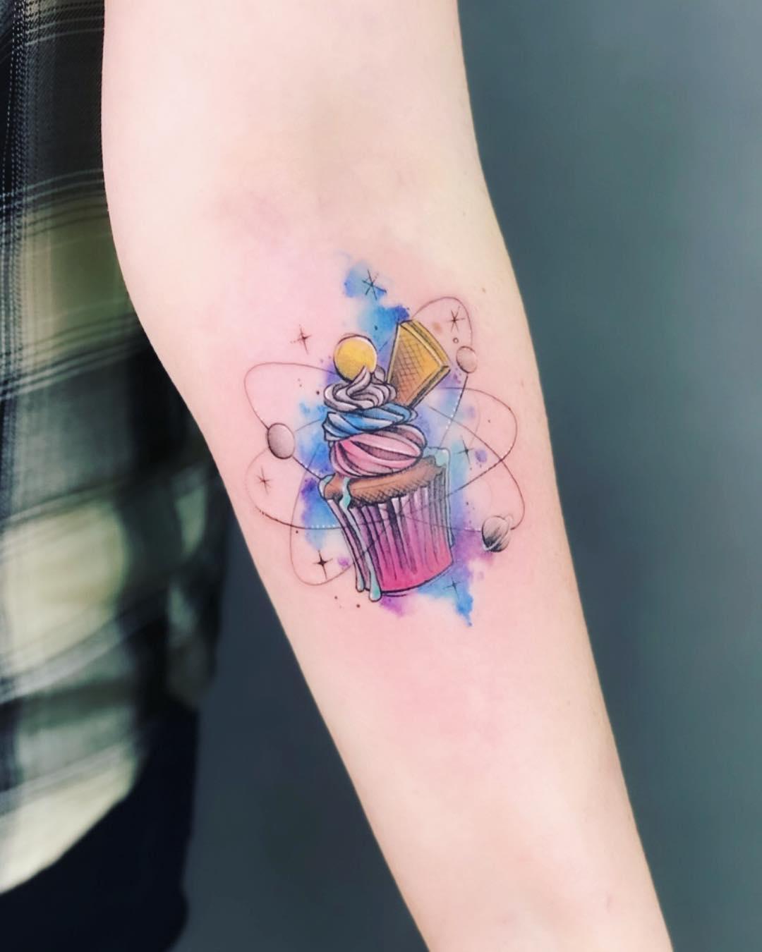 Красочный Рисунок на Руке
