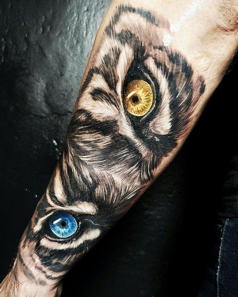 Рисунок Хищника с Цветными Глазами для Парней
