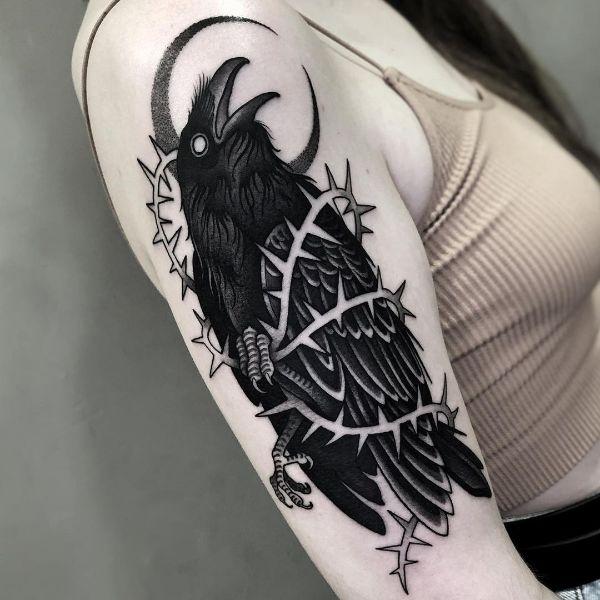 Татуировка Ворон для Девушек
